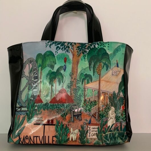 Camphor-Cottage-Shopper